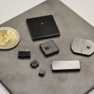 the smallest RFID UHF tags for metal